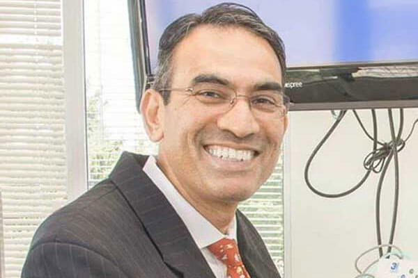 Oral Surgeon Dr. Sivakumar Sreenivasan